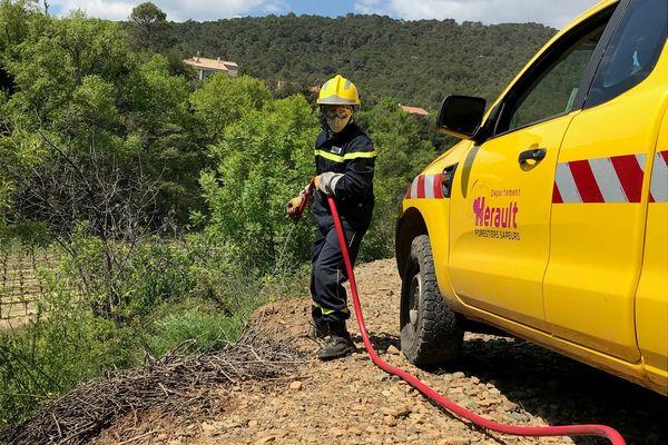 Exercice de simulation de départ de feu des forestiers sapeurs de l'Hérault à Saint-Chinian en avril 2021