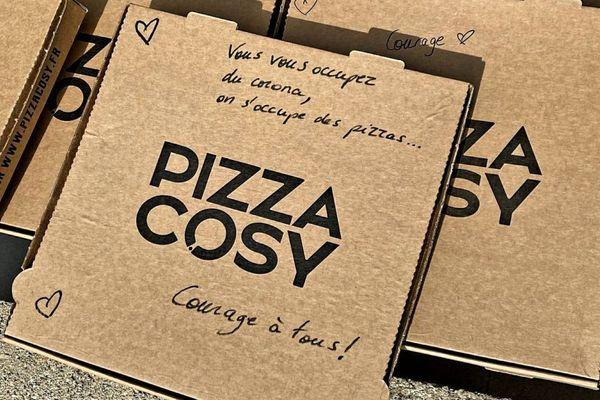 17/03/2020. Crise du coronavirus : 25 pizzas livrées chez les pompiers de Salon-de-Provence ce mardi midi par solidarité