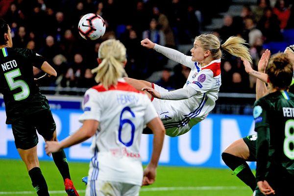Les filles de l'OL ont eu une deuxième mi-temps compliquée contre Wolfsburg au match aller