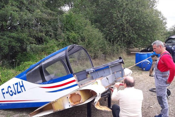 L'avion victime d'un accident va être immergé dans un étang près de Belfort