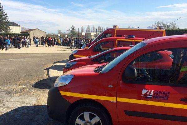 Une attaque terroriste simulée au collège la Bagatelle à Tournus dans le cadre d'un exercice de sécurité mercredi 30 mars
