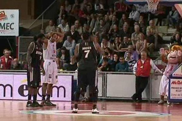 Zach Moss a inscrit 10 points à Limoges