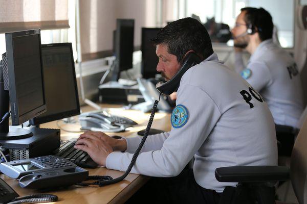 """Les services de police sont saturés d'appels au 17 """"souvent injustifiés""""."""