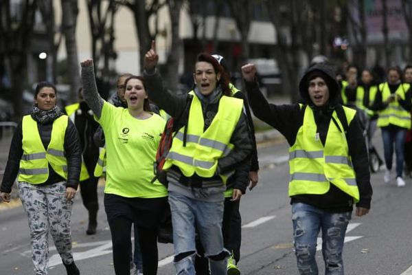 Les femmes en jaune ont pris une grosse part au mouvement Gilets jaunes