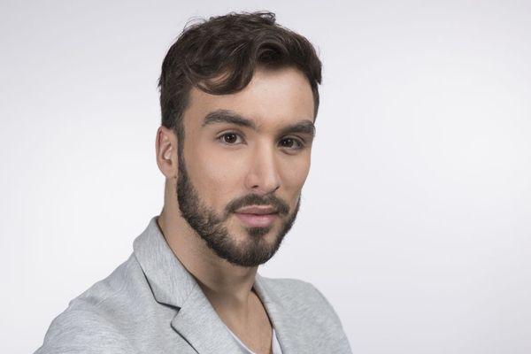 Mardi 26 mai, Guillaume Cizeron, patineur qui a débuté à Clermont-Ferrand, a accordé une interview au magazine LGBT Têtu.