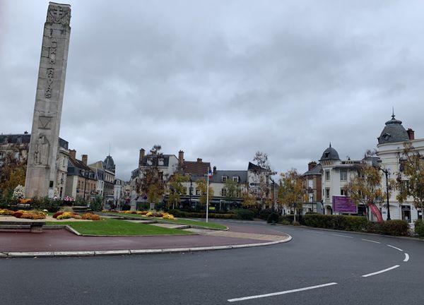 A Epernay, tout le centre-ville est bouclé pour l'arrivée du président de la République ce jeudi 14 novembre