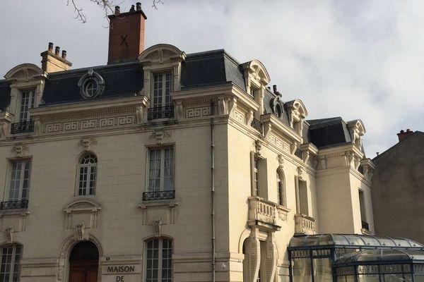 Le barreau de Limoges co-organise la nuit du droit avec la faculté de droit.