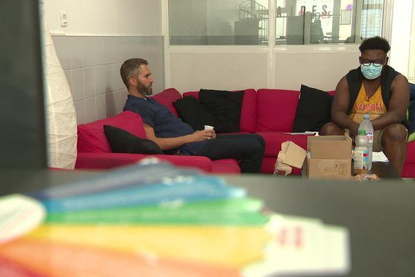 Ludovic Mohamed travaille en partenariat avec Aides, pour aider les migrants LGBT