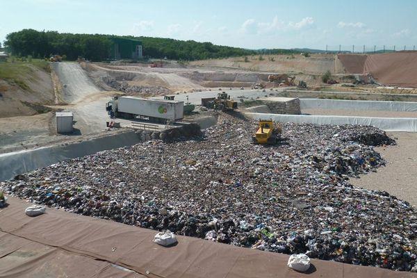 L'enfouissement des déchets à Labessière-Candeil