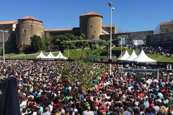 Un grand rassemblement pour la paix à Bayonne en 2017