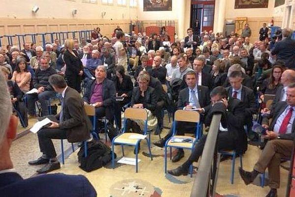 Nîmes - 2e réunion publique sur le rail et l'intermodalité en région LRMP - 25 avril 2016.