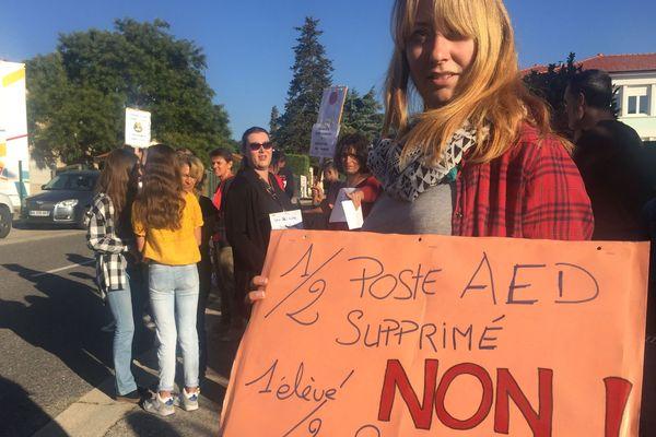 Grève pour la rentrée au collège de Pelussin (Loire)