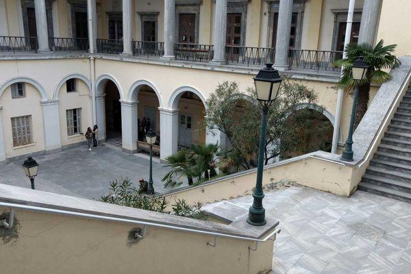 La cour du palais de Justice de Bastia (Haute-Corse)