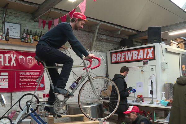 Pour brasser la bière Paris-Brewbaix, une seule solution : pédaler !