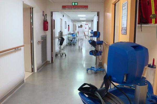 Archive. Le centre hospitalier de Dieppe fait face à 74 contaminations à la Covid-19 au sein de son effectif.