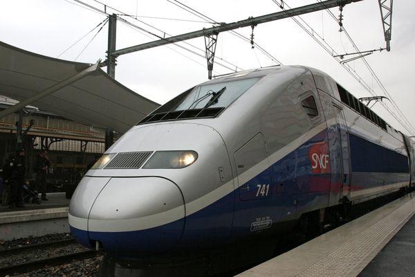 Un TGV en gare