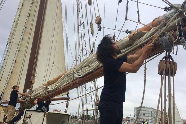 Le De Gallant a fait escale à port Olona vendredi 26 juin, avec près de deux tonnes de marchandises à son bord.