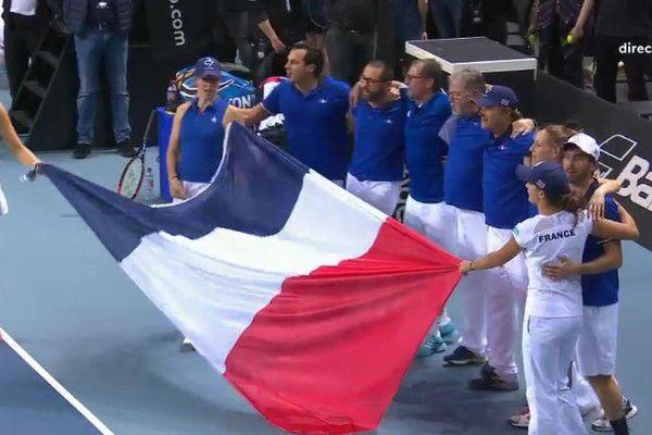 Le double Mladenovic-Hesse envoie la France en demi finale de la Fed Cup