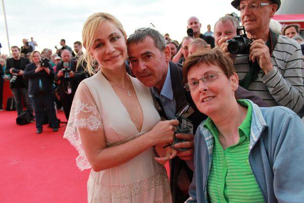 Joseph et Sylvie Courtecuisse avec Emmanuelle Béart