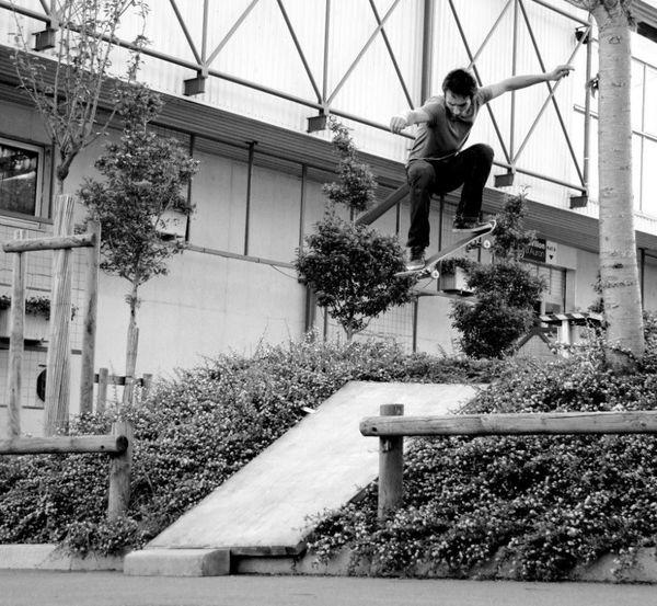 """Arthur Noyer avait débuté le skateboard à l'âge de 5 ans. Depuis """"il avait toujours sa planche dans le coffre de sa voiture"""", raconte sa mère."""