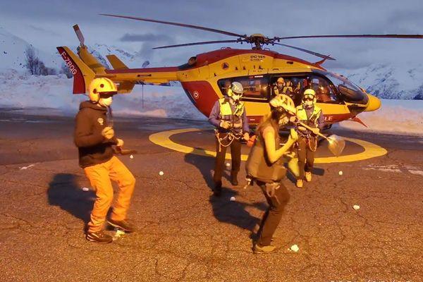 Les secouristes de l'Alpe d'Huez relèvent le #JerusalemaDanceChallenge