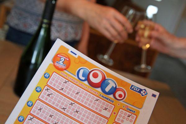 Un Puydômois a décroché le gros lot, le 26 décembre, en trouvant la combinaison gagnante au Loto, s'offrant ainsi le gain prestigieux de 11 millions d'euros.
