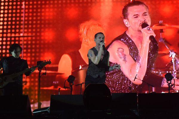 Le groupe Depeche Mode sur scène