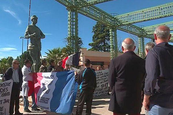 Montpellier - mobilisation des harkis pour la date anniversaire des accords d'Evian marquant la fin de la guerre d'Algérie - 19 mars 2017.