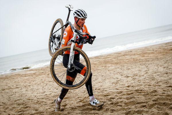 Mathieu van der Poel est devenu champion du monde pour la quatrième fois.