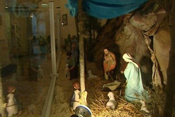 La crèche de Noël à la mairie de Béziers - archives