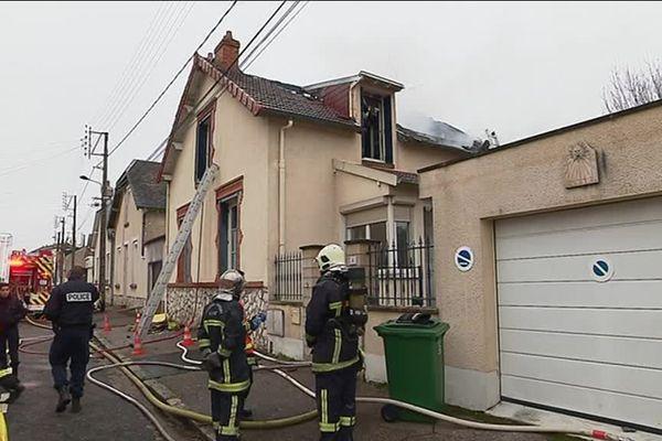 La victime, un homme de 30 ans, était déjà décédée à l'arrivée des pompiers.