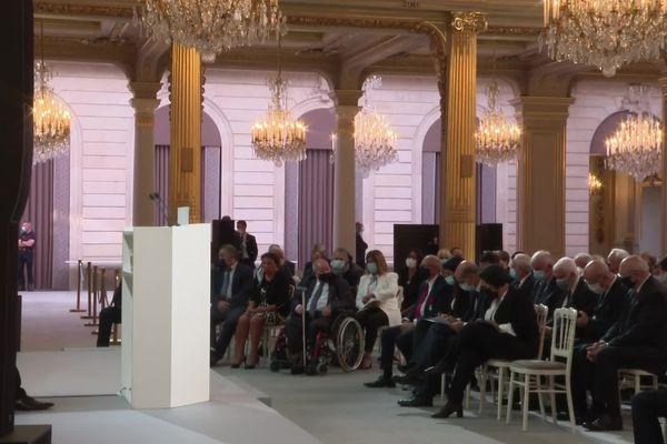 Les représentants des harkis invités à l'Elysée ce lundi 20 septembre attendent les déclarations d'Emmanuel Macron