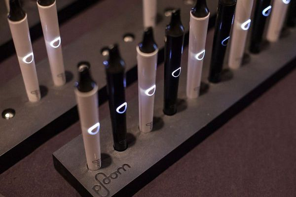 Ploom, la nouvelle cigarette électronique imaginée par le cigarettier Japan Tobacco International.