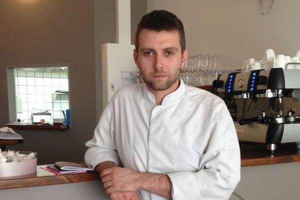"""Cyril Auboiroux, chef du restaurant les 7 à Tulle a été promu """"jeune talent"""" par le guide gastronomique Gault et Millau 2015"""