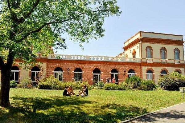 A l'école d'ingénieur de Purpan, à Toulouse, cinq cas de rougeole ont engendré des hospitalisations.