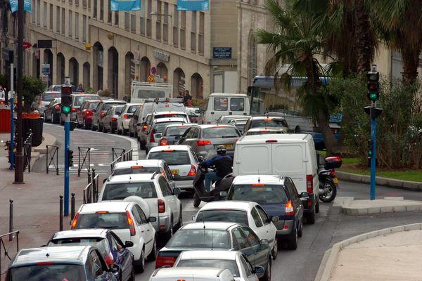 Actuellement, 126 400 voitures circulent à Montpellier. D'ici 2024, 42% d'entre elles seront interdites.