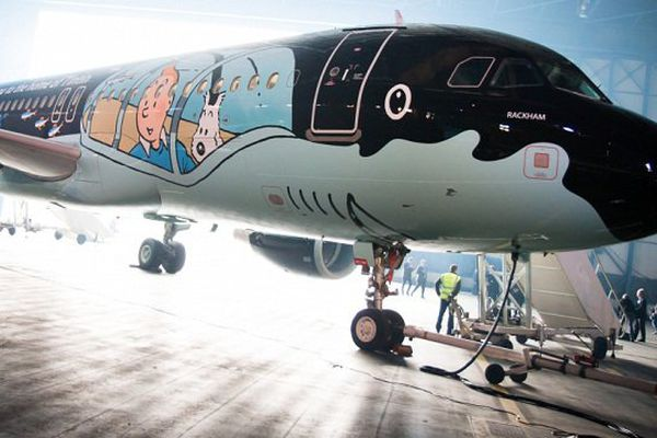 """""""Rackham"""" à la sortie de son hangar à l'aéroport de Bruxelles"""