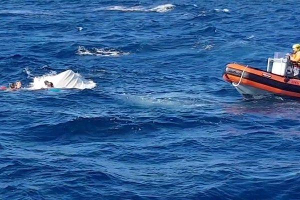Retrouvés hypothermie et tachycardie, les trois personnes et leur chien ont pu être secouru par les sauveteurs en mer.
