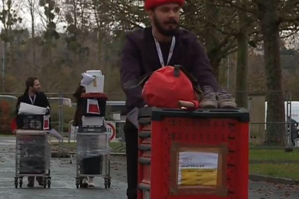 Les candidats des Olympiades des métiers arrivent au parc des exposition de Caen.