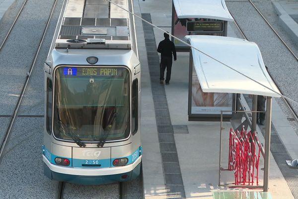 La ligne A du tram va bientôt être prolongée vers Pont-de-Claix.