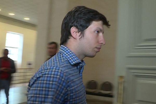 Jason Hebert était jugé ce mardi pour s'être introduit illégalement sur le serveur web du journal local