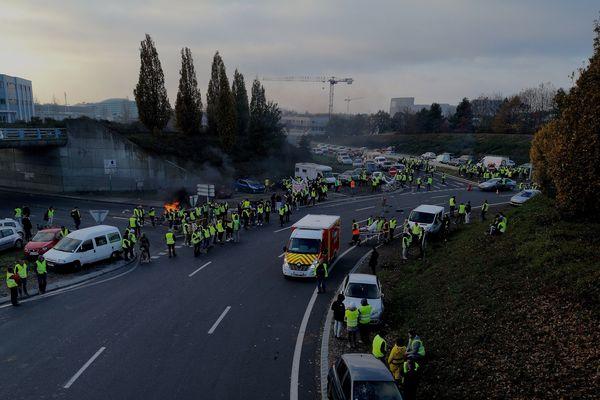 Une altercation entre automobilistes près de la porte d'Ar Mor, samedi 17 novembre.