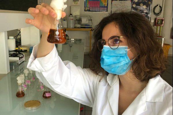 Une équipe d'étudiants de l'université Toulouse III de l'INSA Toulouse a inventé une levure pour mieux alimenter les astronautes du futur.