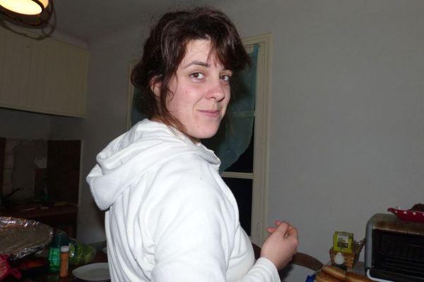 Marine Dupuy était originaire de Sâone-et-Loire. Elle a été tuée par son compagnon, le 18 août 2014, à l'âge de 28 ans, dans l'Aude.