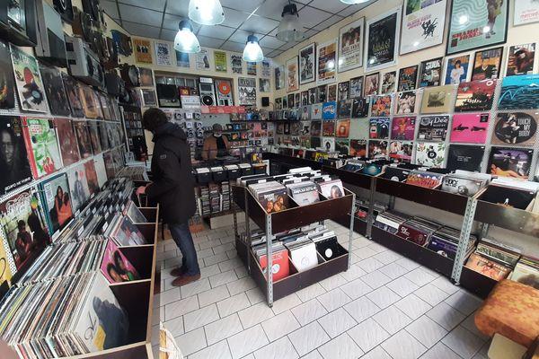La boutique, le 5 mars