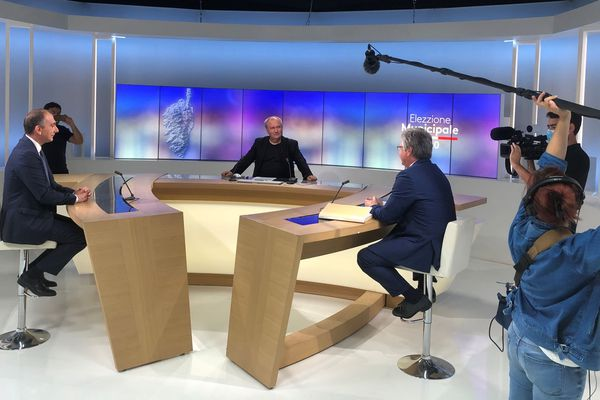 À trois jours du scrutin du second tour des élections municipales, Georges Mela et Jean-Christophe Angelini, candidats à la mairie de Porto-Vecchio, se prêtent à l'exercice du débat.