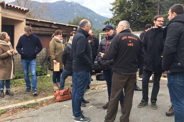 Le lycée agricole de Sartène est bloqué par des enseignants ce mardi 7 janvier.