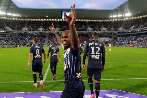 Diego Rolan ravi de son but contre Montpellier (23 mai 2015) pendant le match inaugural du nouveau stade de Bordeaux.