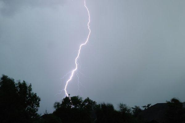 Météo France prévoit l'arrivée de violents orages en Rhône-Alpes (illustration)