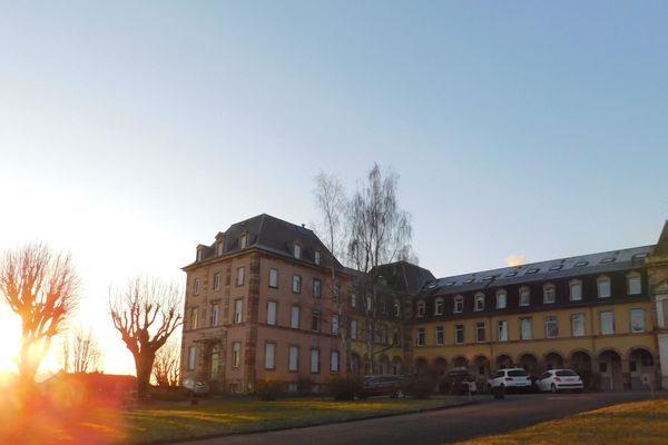 Le lycée Condorcet en sommeil depuis le 17 mars